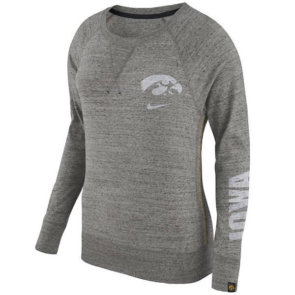 Iowa Hawkeyes Women S Vintage Crew Sweatshirt