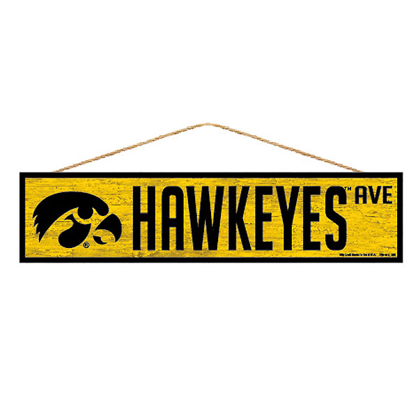 Iowa Hawkeyes Avenue Sign