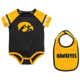 Iowa Hawkeyes Infant Onsie & Bib Set
